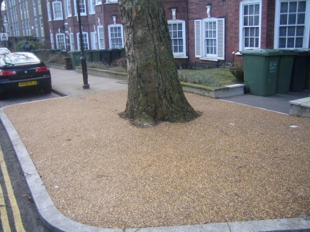 RonaDeck Tree Pit