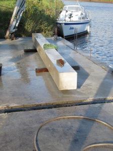 RonaBond Bedding Mortar bonds columns to dockside